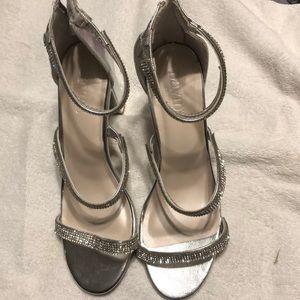 David's bridal silver dress shoes